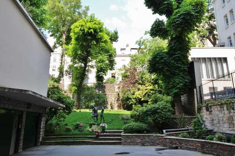bureau 285 m louer paris 8e arrondissement location de bureau alex bolton. Black Bedroom Furniture Sets. Home Design Ideas